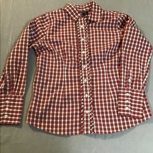 Land's Ruffle Button Up